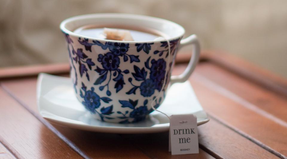 tea-drink-me